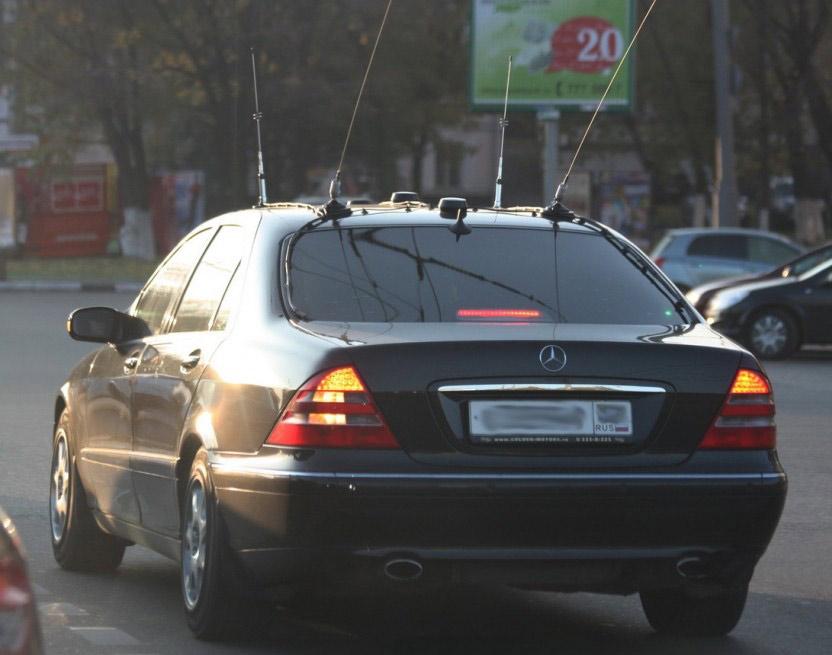 1 - Антенны на автомобилях гибдд